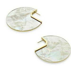 Kendra Scott KAI EARRINGS IN IVORY MOTHER OF PEARL